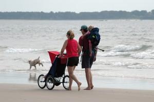 health-and-nutrition-couple-on-beach